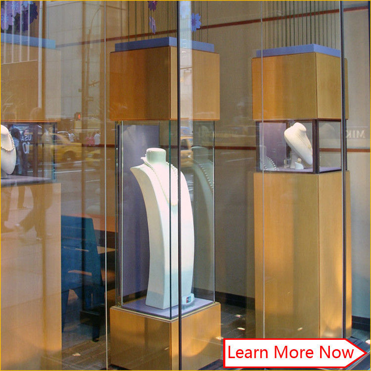 Customized tempered glass jewelry display glass tower case,glass display counter for jewelry show आपूर्तिकर्ता